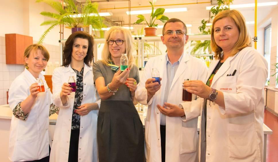 Film do artykułu: Poczuj chemię na UJK! Kielecki uniwersytet zaprasza na magiczny wieczór z atrakcjami