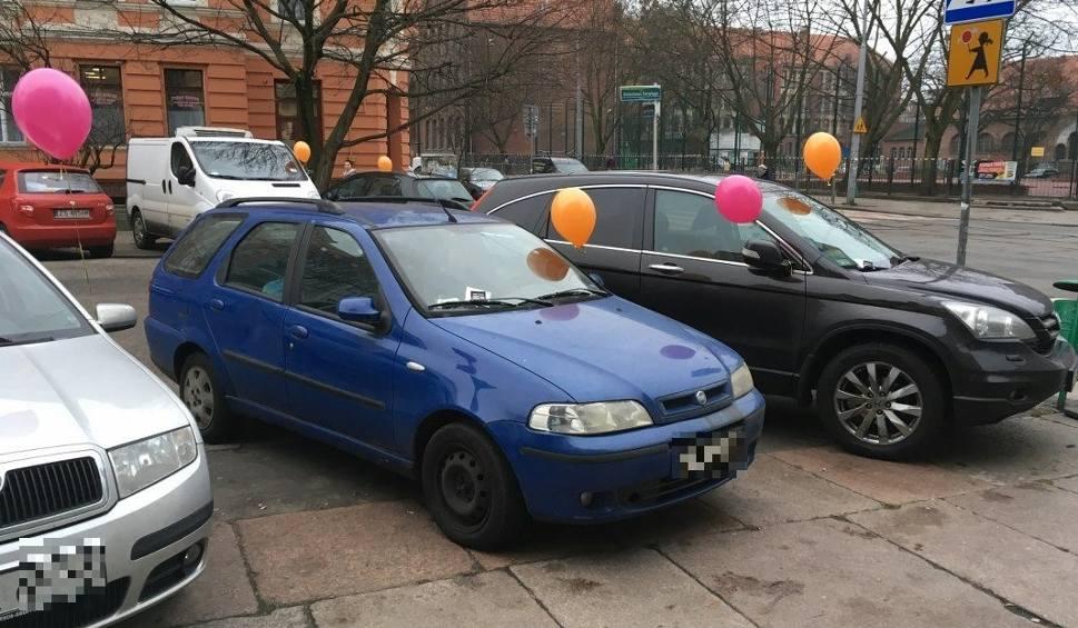 Film do artykułu: Szczecin: Karne... balony na samochodach. Za co ta kara? [ZDJĘCIA]