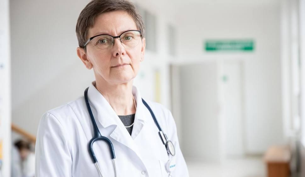 Film do artykułu: Prof. Joanna Zajkowska, szpital zakaźny USK przy Żurawiej w Białymstoku: Na pewno za mało jest testów na koronawirusa (wideo)