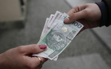 Radni PiS z Jarosławia chcą dawać 700 zł za urodzenie dziecka. W tym tygodniu rada miasta podejmie decyzję, czy poprzeć zapomogi