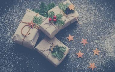 Życzenia bożonarodzeniowe - życzenia świąteczne Boże Narodzenie. ŻYCZENIA BOŻONARODZENIOWE NAJPIĘKNIEJSZE. Sprawdź wierszyki świąteczne!