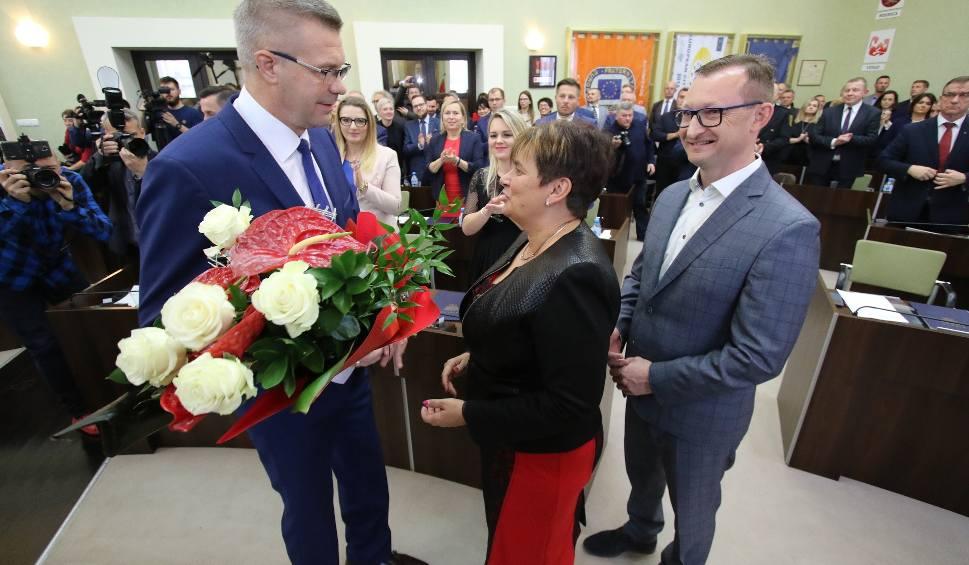 Film do artykułu: Pierwsza sesja Rady Miejskiej w Kielcach. Jaka koalicja? (OGLĄDAJ TRANSMISJĘ)
