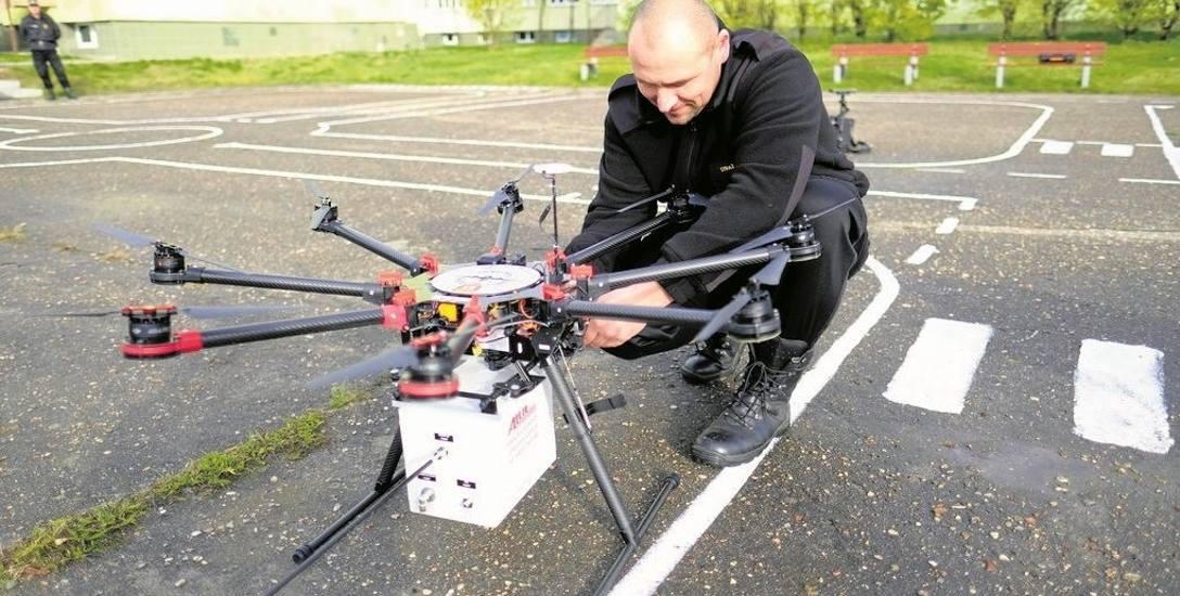 W listopadzie zeszłego roku straż miejska w Toruniu prezentowała drona kupionego przez tamtejsze władze