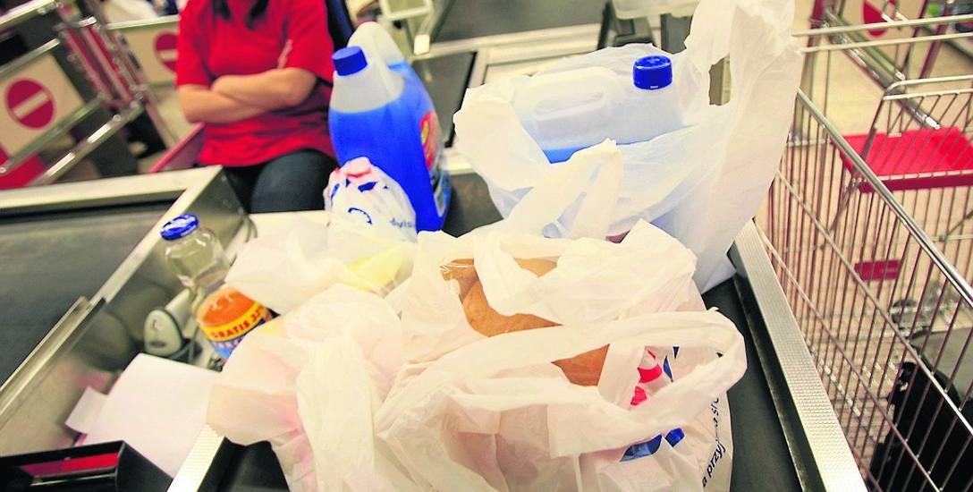 Do tej pory przeciętny Polak zużywał rocznie nawet 450 jednorazowych toreb foliowych
