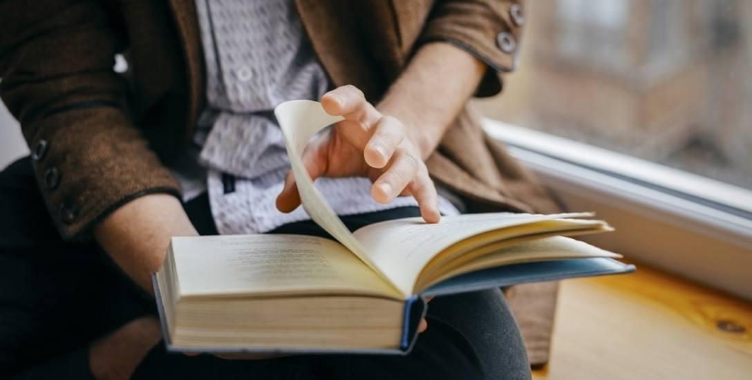 Ponad 60 procent z nas nie przeczytało w ostatnim roku ani jednej książki. Co siódmy Polak nie ma żadnej w domu.