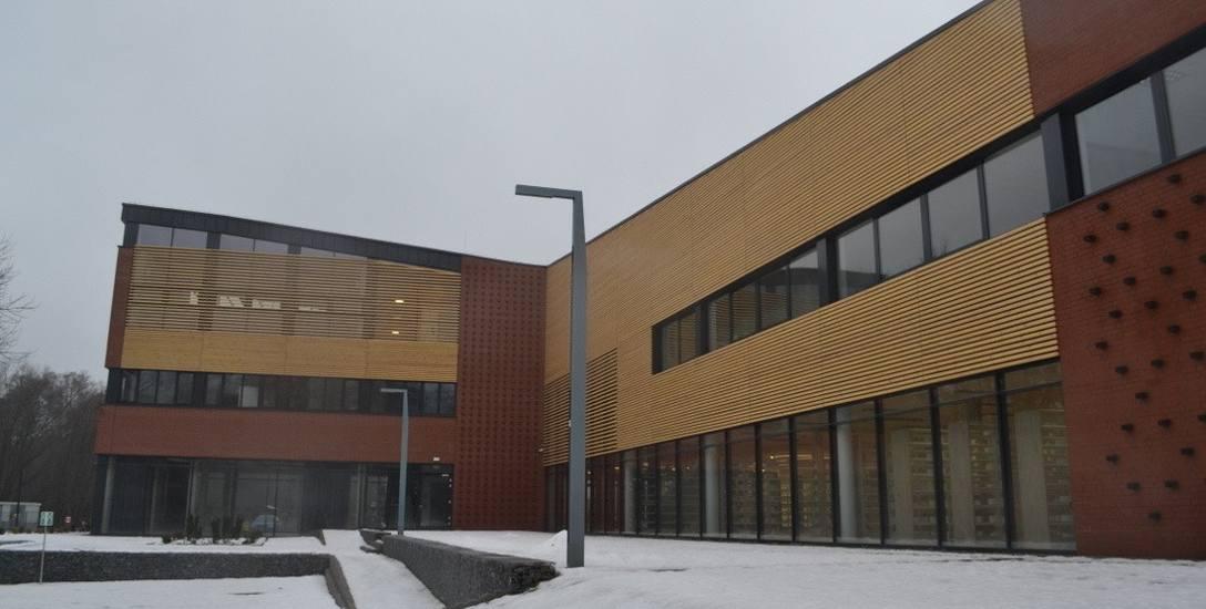 Lubliniec: Nowoczesna biblioteka została wybudowana za ok. 11 milionów zł