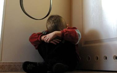 Przemoc wobec dzieci. Jakie wyroki otrzymują oprawcy?