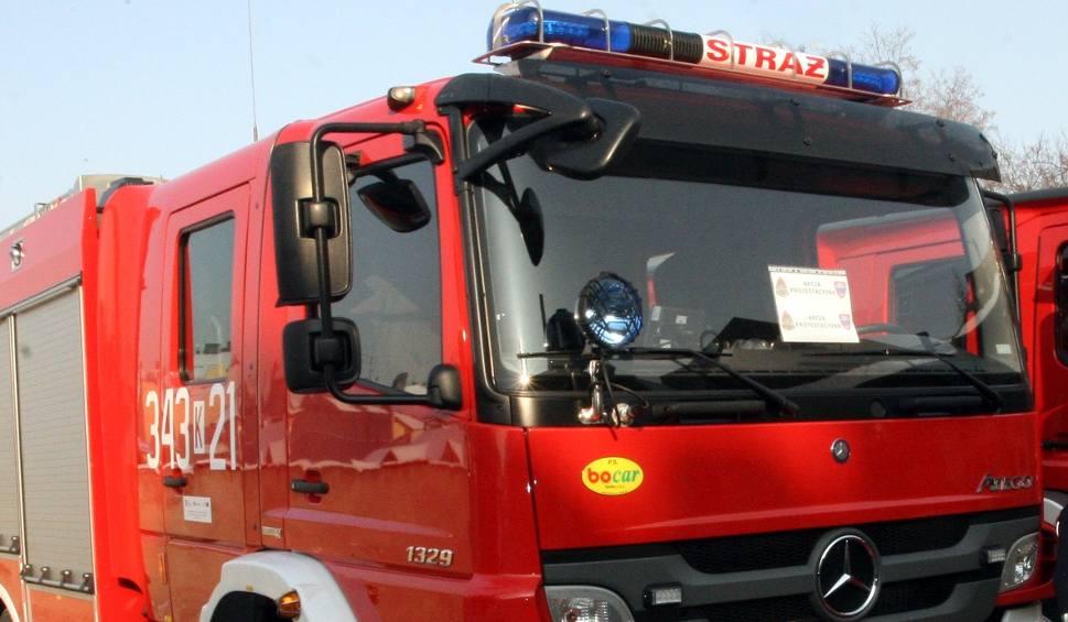 Film do artykułu: DK 28. Zderzenie trzech aut osobowych zablokowało główny trakt Mszana Dolna - Limanowa