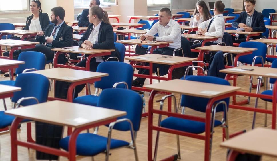 Film do artykułu: Matura 2019. CKE ogłosiła już wszystkie ważne terminy. Sprawdź harmonogram egzaminów maturalnych 2019