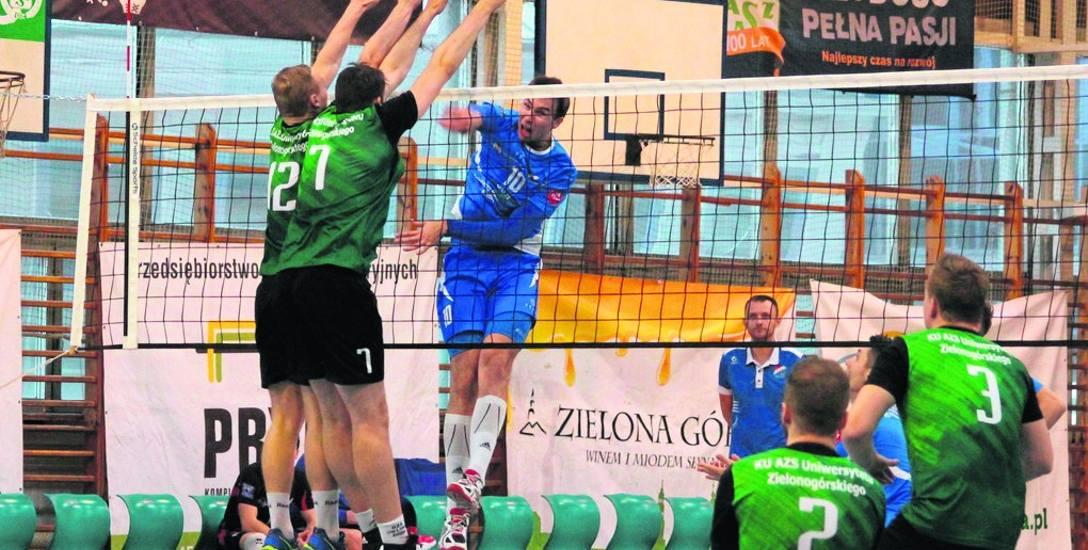 Bartosz Kowalczyk (atakuje) był w sobotę w Zielonej Górze nie do zatrzymania