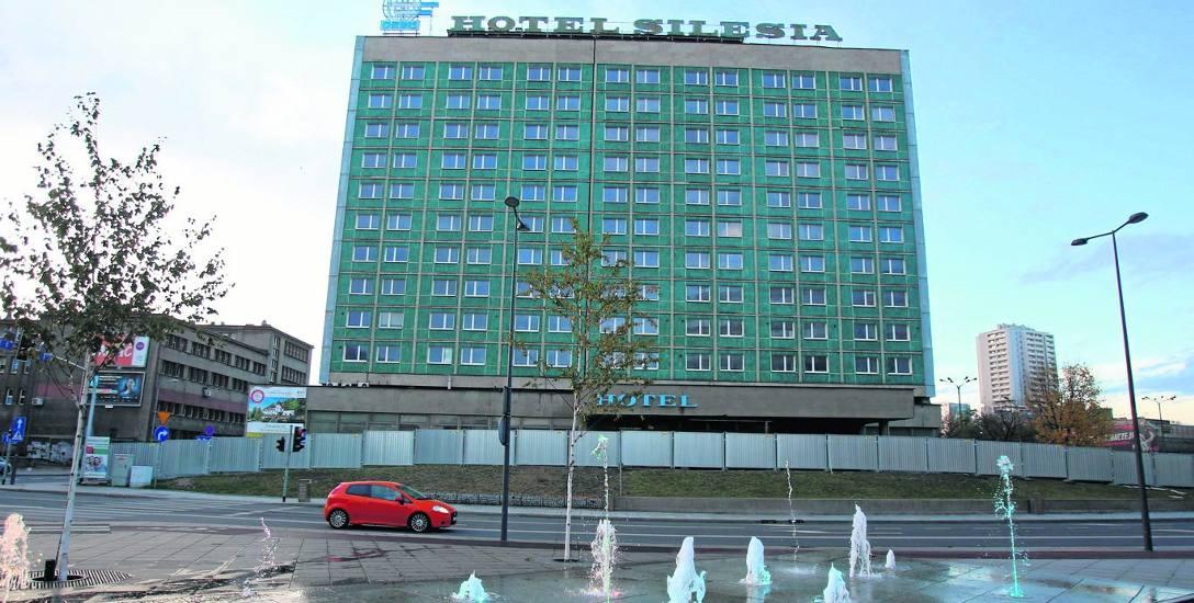 Opuszczony i nieczynny hotel Silesia zniknie z Katowic