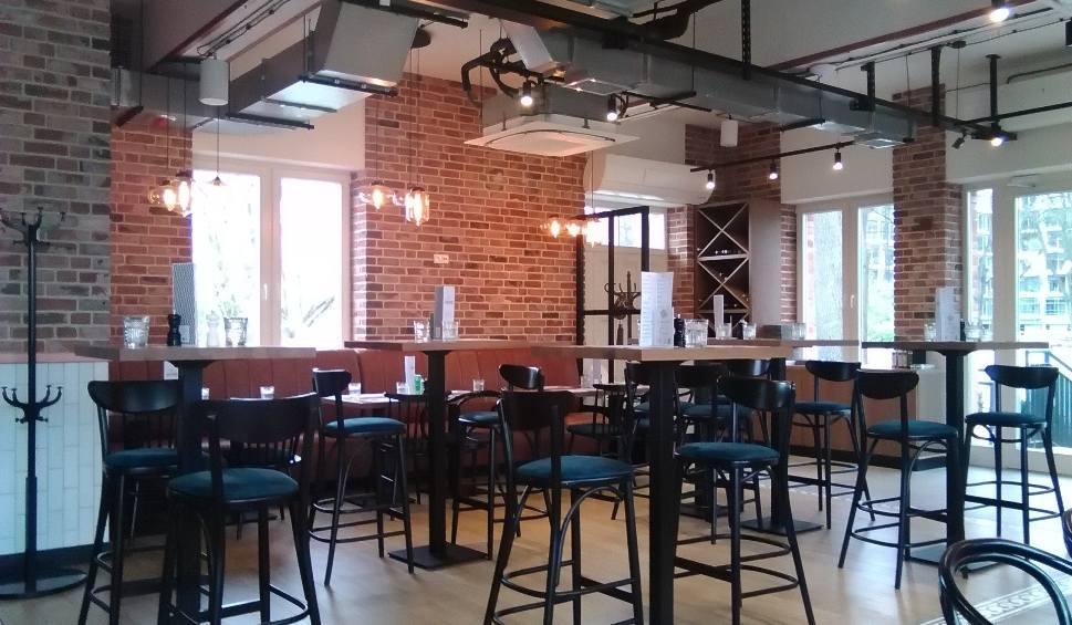 Film do artykułu: Kraków. Otwarto restaurację w Cracovia Park przy Błoniach. Obok powstają hale tenisowe [ZDJĘCIA]