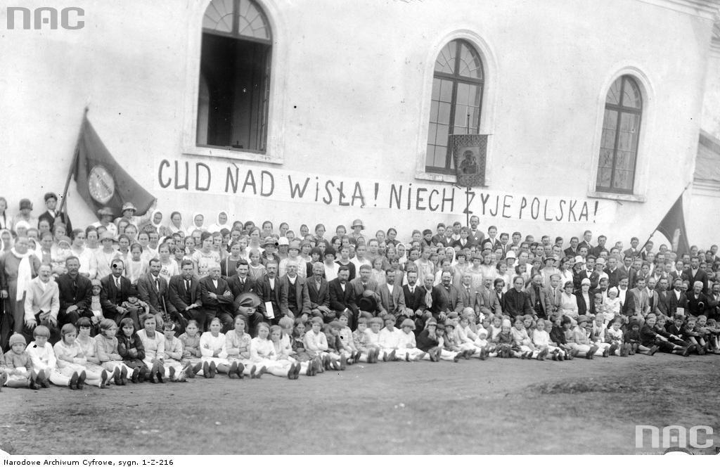 Obchody rocznicy Bitwy Warszawskiej w kolonii polskiej Felicjanowo w Brazylii.