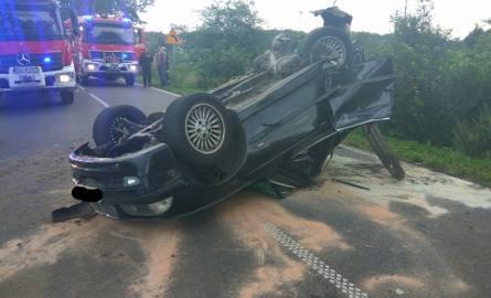 15.08.2017 r. o godz. 6.16 zadysponowano jednostkę OSP Łebień do wypadku drogowego między miejscowościami Wicko i Poraj. Samochód osobowy uderzył w drzewo.