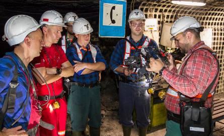 Drony będą pomagać w ratowaniu rannych górników