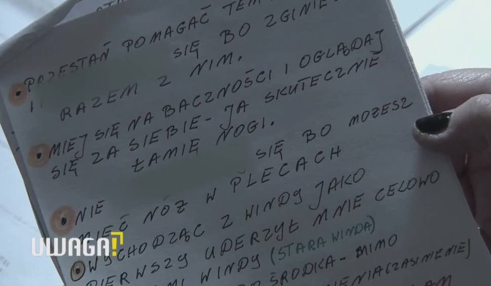 Film do artykułu: UWAGA! TVN Warszawa: Tajemnica tragedii na Pradze-Północ. 75-letnia kobieta oblana kwasem była przypadkową ofiarą? Zatrzymano trzy osoby