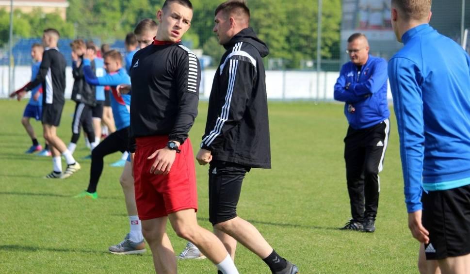 Film do artykułu: Piłkarze Broni Radom wznowili treningi (WIDEO, ZDJĘCIA)