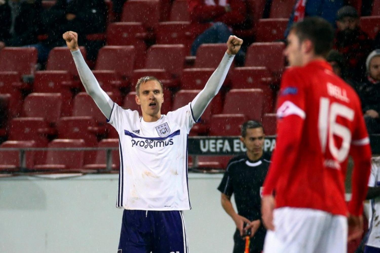 Teodorczyk znów bohaterem Anderlechtu! Gol Polaka dał remis [ZDJĘCIA]