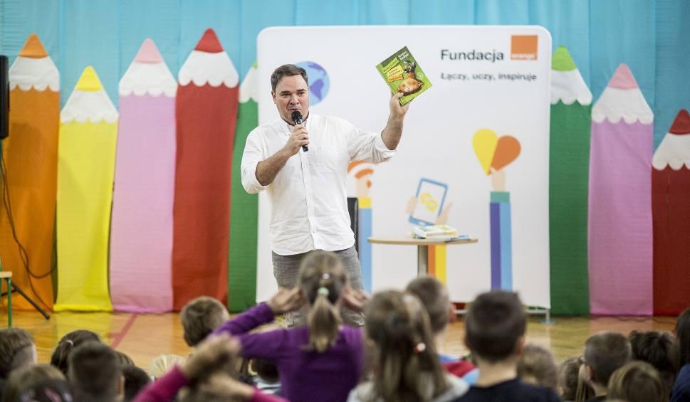 Film do artykułu: Chciałbym uzależnić dzieci od czytania