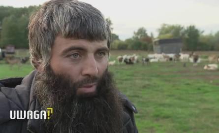 UWAGA! TVN Warszawa: Martwe kozy na wyspie Golędzinowskiej. Abdul, właściciel stada: Kontrole były, bo jesteśmy muzułmanami. To rasizm