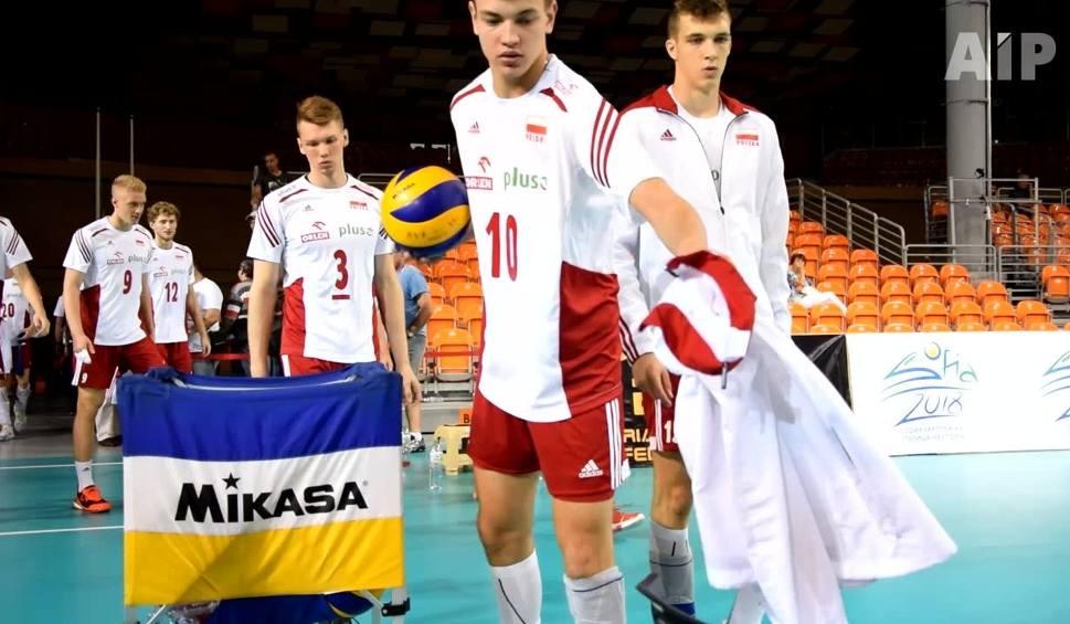 Film do artykułu: Siatkarskie ME juniorów: Niepokonani Polacy chcą złota, ale najpierw muszą wygrać z Rosją