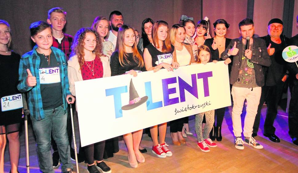 Film do artykułu: Były piosenki, tańce, a nawet... operowy głos. W Staszowie odbył się kolejny casting w ramach Talentu Świętokrzyskiego.