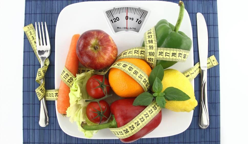 Film do artykułu: Dieta DASH. Jadłospis dostępny za darmo od NFZ. Jak go uzyskać? [18.02.2019]