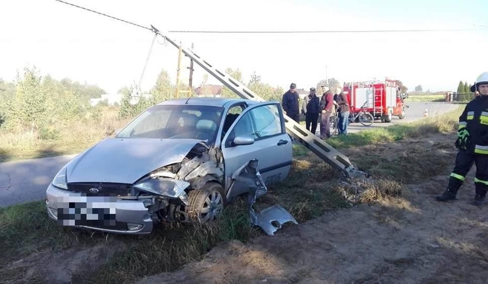 Film do artykułu: Wypadek w Krogulczy Mokrej. Kierowca uciekł z miejsca zdarzenia, ale został zatrzymany