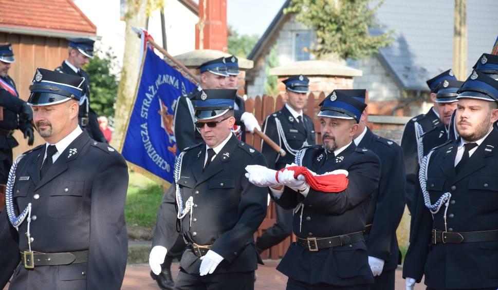 Film do artykułu: Uroczyste otwarcie remizy strażackiej w Brzeźnie Szlacheckim (ZDJĘCIA, WIDEO)