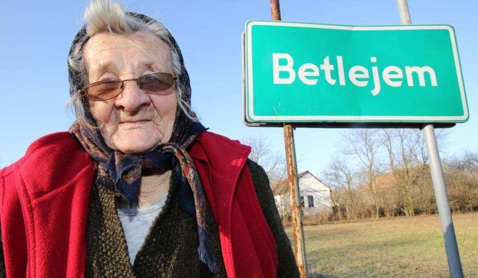 Film do artykułu: Ale historia! W Betlejem koło Pińczowa też w szopie urodziło się dziecko (WIDEO)