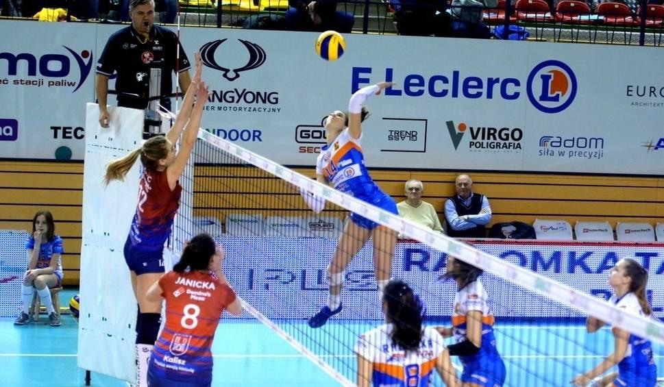 Film do artykułu: Liga Siatkówki Kobiet. E. Leclerc Radomka wygrała w Kaliszu i przedłużyła sezon. Decydujący mecz rozegrany zostanie w Radomiu