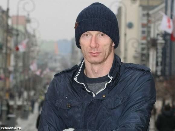 Karol Bielecki (31 lat) urodził się Sandomierzu. Do grania w piłkę ręczną namówił go trener Ryszard Kiljański. Debiutował w Wiśle Sandomierz, potem grał