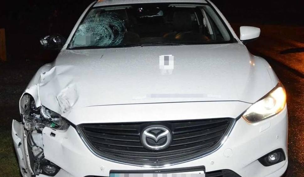 Film do artykułu: Wypadek w Różańcu. Zginęła 15-latka. Policja szuka świadków tego tragicznego zdarzenia