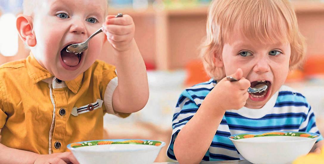 Margaryna zamiast masła i oszukane kotlety mielone - takie dania jedzą dzieci w szkołach, przedszkolach i szpitalach