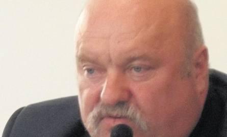 erzy Kazimierowicz: Każdy przecież może zadzwonić do burmistrza i poprosić go o pomoc. Jego numer jest dostępny na  stronie urzędu. A co on dostał po