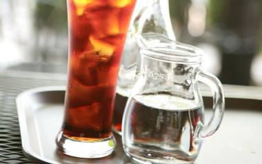 Orzeźwiające napoje na bazie herbaty
