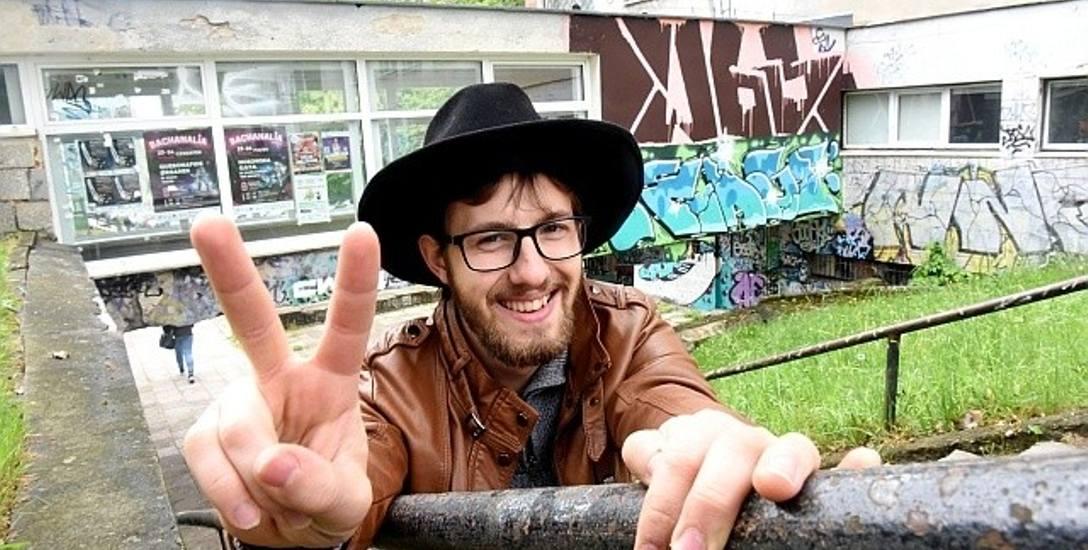 - Super, że będą remonty akademików - mówi Przemysław Tyliszczak student I roku logistyki
