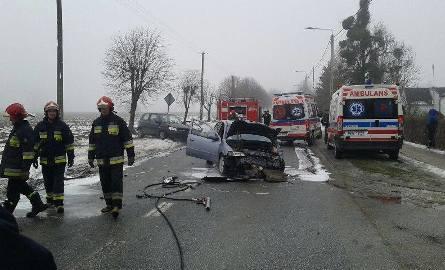 Do zdarzenia doszło w sobotę 18 lutego około godz. 13.15.- Według wstępnych ustaleń kierujący samochodem marki Hyundai, 63-letni mieszkaniec powiatu