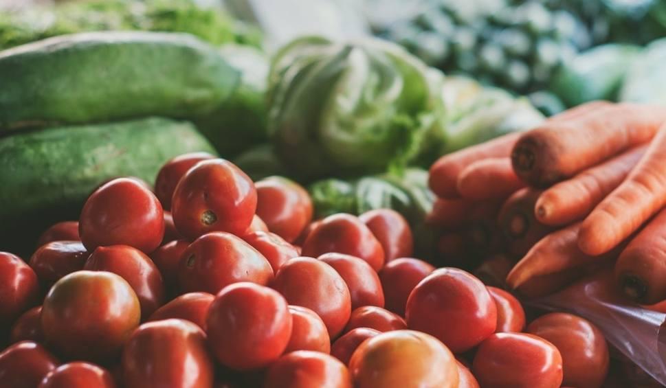 Film do artykułu: Parszywa, brudna 12. Lista warzyw i owoców, które zawierają najwięcej PESTYCYDÓW. Zapoznaj się z nimi  przed kolejnymi zakupami!