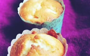 Ekspresowe muffinki z mandarynkami.