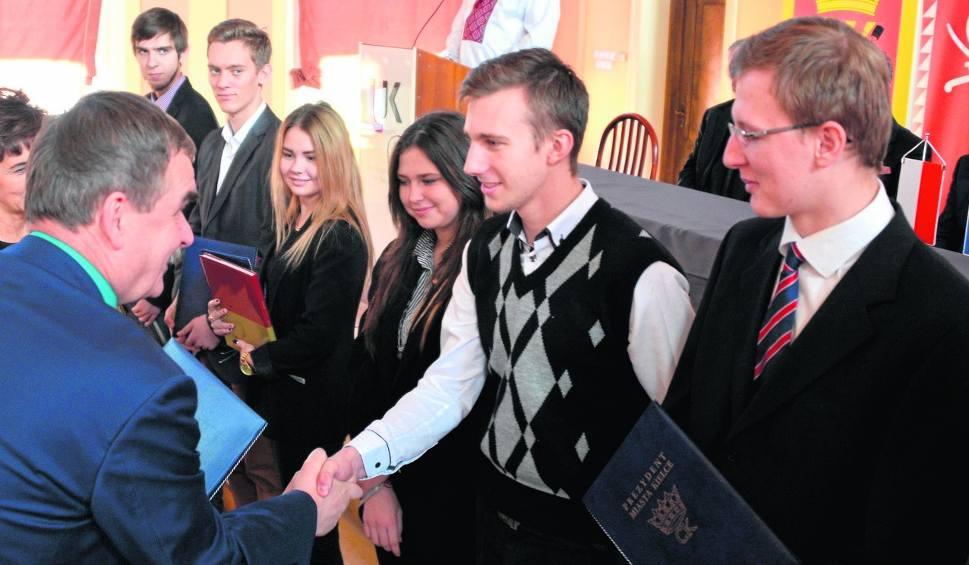 Film do artykułu: 60 kieleckich studentów z ukraińskiej Winnicy ze stypendiami