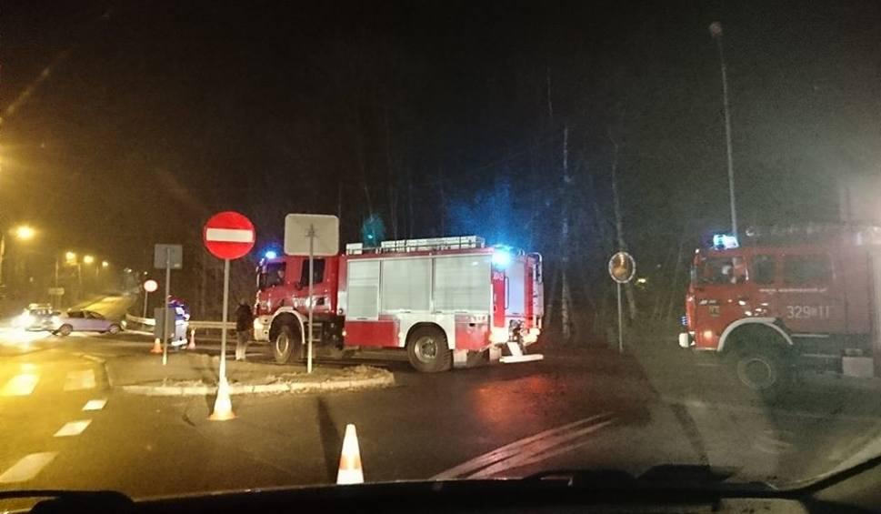 Film do artykułu: Wypadek w Katowicach: Auto uderzyło w busa z dziećmi