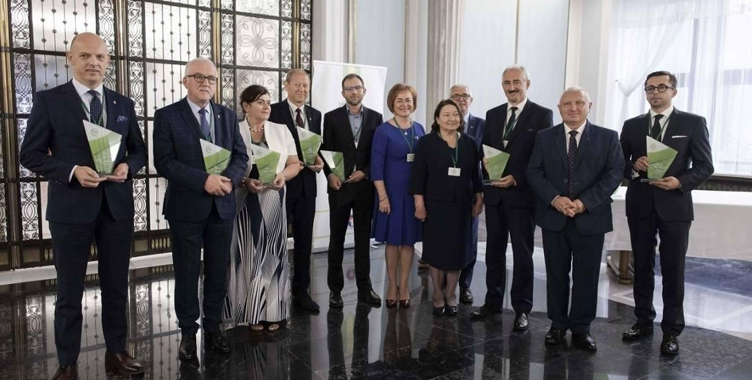 Ogólnopolski Program Zwalczania Grypy jak co roku wyróżnił samorządy, które w największym stopniu angażowały się w realizację projektów zdrowotnych w