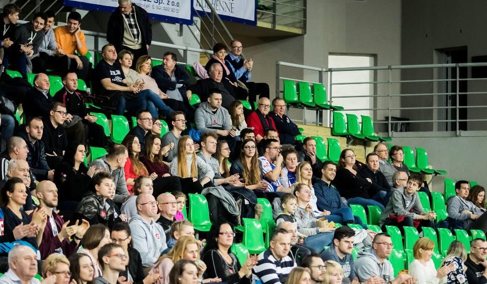 Film do artykułu: Chemik Bydgoszcz - Cuprum Lubin 2:3  [zdjęcia kibice + mecz]