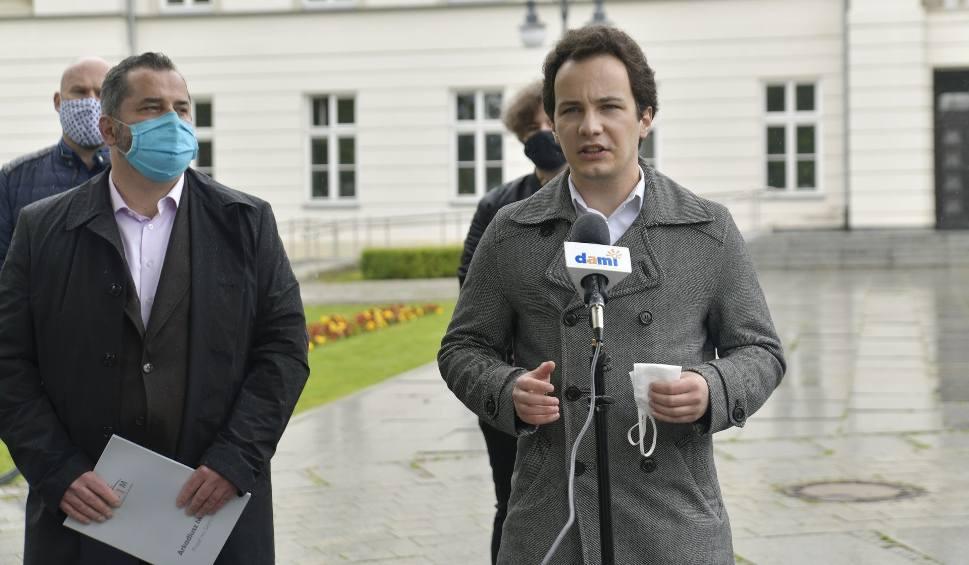 Film do artykułu: Lewica chce wyjaśnień w sprawie budowy parkingu w Radomiu. Interweniuje poseł