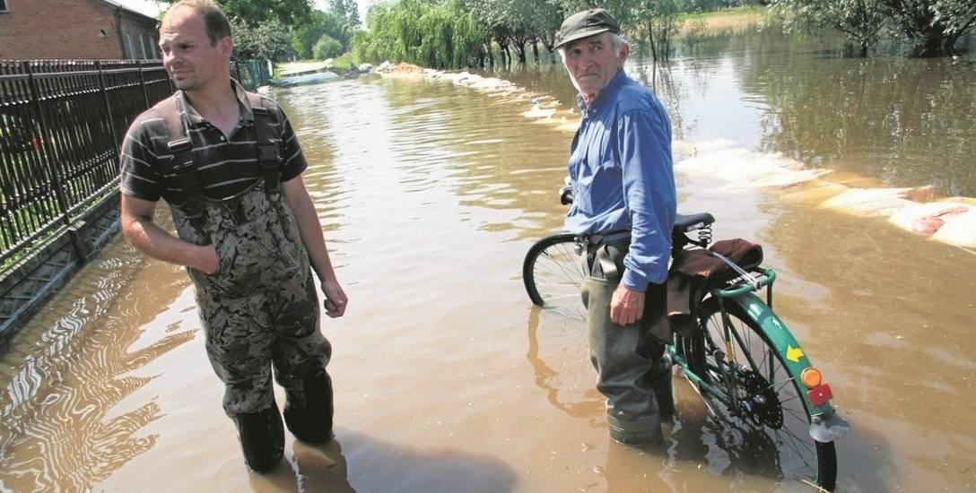 Radwan na Powiślu Dąbrowski był jedną ze wsi najbardziej dotkniętych powodzią na wiosnę 2010 r.