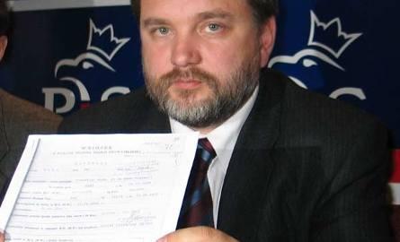 Europoseł Andrzej Zapałowski (LPR): - Pan Raba z 10 tajnych współpracowników, których prowadził, 9 sam zwerbował.