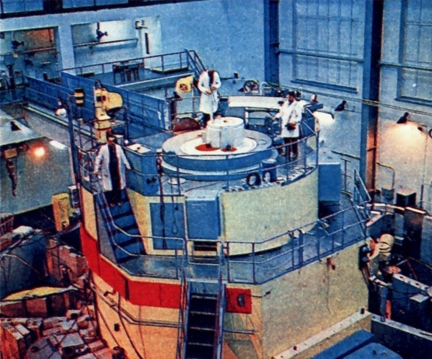 """Zdjęcie z """"Młodego Technika"""". Październik 1974 roku."""