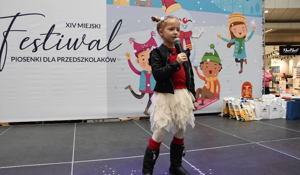 Film do artykułu: Wspaniała zabawa w Kielcach na Festiwalu Piosenki dla Przedszkolaków (WIDEO, zdjęcia)