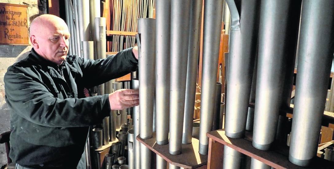 Kapitalny remont organów miał miejsce w 1973 r. Instrument ma 50 głosów, trzy manuały, trzy wolne kombinacje i pedał. Pierwszy manuał ma 1264 piszczałki,